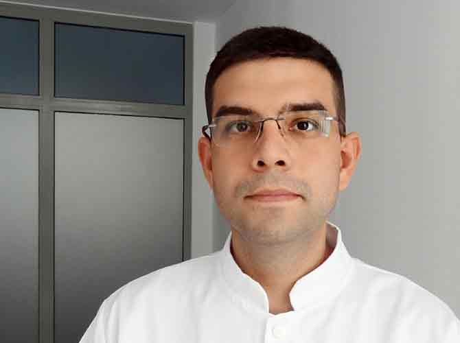 dr voiosu theodor alexandru - clinica medicum online